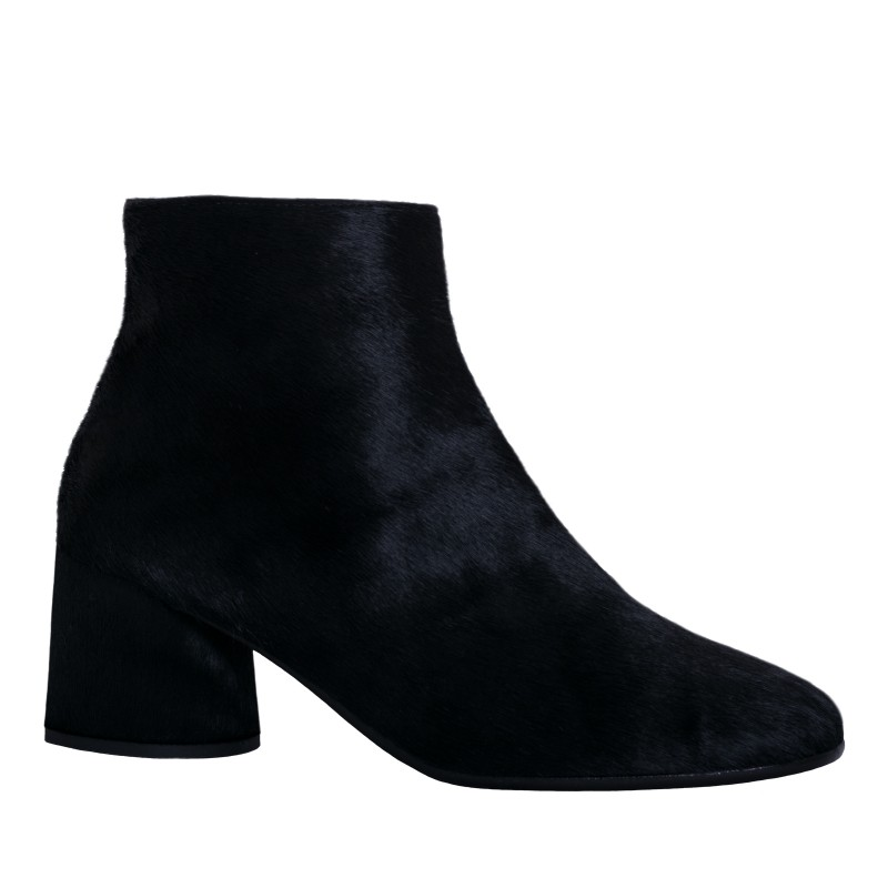 LORETTI Medium heel black leather Pony boots