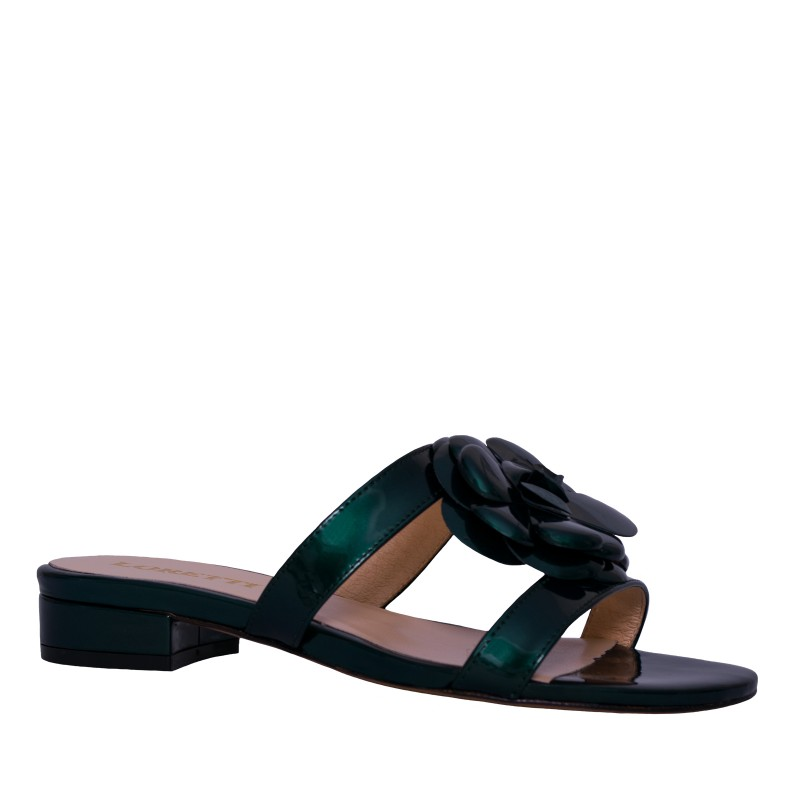 LORETTI Low heel patent leather Verde Pino slides