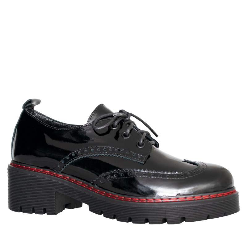LORETTI Thick soled patent leather Carbone lace-up shoes